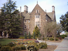 duke fuqua mba application essays Duke - fuqua application essays for 2008 duke university's fuqua school of business has released its essay questions for fall 2008 mba admissions.