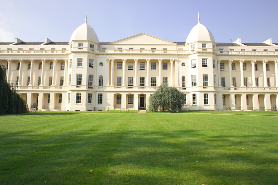 london business school admission essays